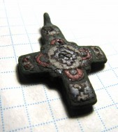 Древнерусский двусторонний бронзовый крестик с перегородчатыми эмалями