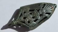 Древнерусский наконечник ножен с изображением птицы