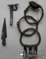 Савроматские браслеты и наконечник стрелы