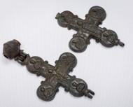 Энколпион: Богородица помогай: Распятие Христово / Богоматаерь Ассунта. 12-13 вв