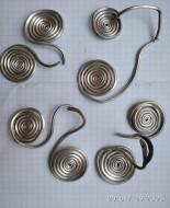 Серебряные славянские украшения виде двух спиралей, 7-й век