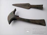 Топор и наконечник культуры Ноуа