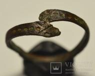 Перстень со змеиными головками. Скифы