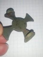 Фибула в форме креста Киевской культуры