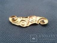 Золотая скифская нашивка Грифоны