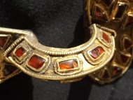 Позолоченная фибула. Готы 5 век.н.э. с красными камнями