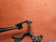 Бронзовые спинки фибул поздней Римской Империи