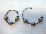 Пара древнерусских трехбусинных колтов
