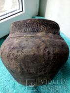 Горшок катакомбной культуры со шнуровым орнаментом. Целый