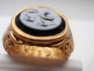 Золотой Древнеримский перстень с геммой . Инталия .I-II век н. э.