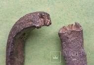 Платежный слиток-гривна Волынского типа, относят к периоду конца Xl века