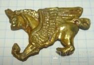 Позолоченное украшение накладка-грифон
