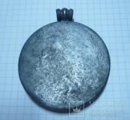Снятый с продажи медальон со сценой терзания 19 век