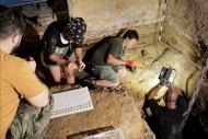 Находка клада монет археологами