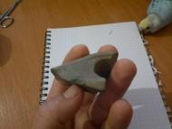 Клиновая (топорная) часть каменного топора-молотка донецкой катакомбной культуры и привязной молот культуры многоваликовой керамики