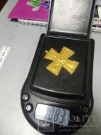 Золотой крест, украшен зернью