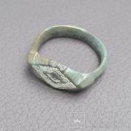 Перстень с эмалью 15 век