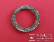 Серебряное височное кольцо или шипастый амулет