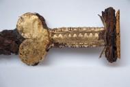 Скіфський акінак прикрашений золотими пластинами