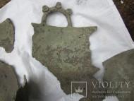 Бронзовый казан с ручками и орнаментом на реставрацию