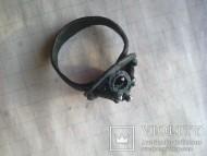 Перстень с плетенкой шишечками на щитке