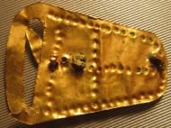 Золотая пряжка с крестом, Готская Культура, 4-5 век н.э., вес 3.8-3,9