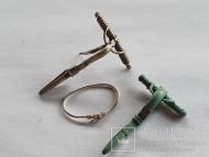 Фибулы: серебряная и бронзовая,  серебряное височное кольцо