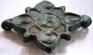Створка энколпиона квадрифолия, 15 век