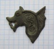 Часть накладного украшение (матрицы?) в виде коня или льва. Период 6-7 вв ,Анты