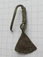 Серьга в форме топора Черняховская культура