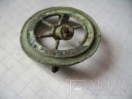 Древнеримская колесообразная фибула
