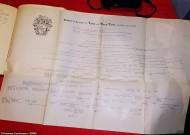 На фото генеалогическое древо Лоу. В семейных записях указано, что владельцем кольца, возможно, был Джеффри Лоу, умерший в 1637 году.