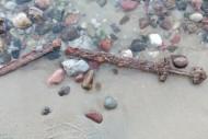 Меч викингов, обнаруженный в 2015 году на берегу Калининградского залива. Фото: СОЦСЕТИ
