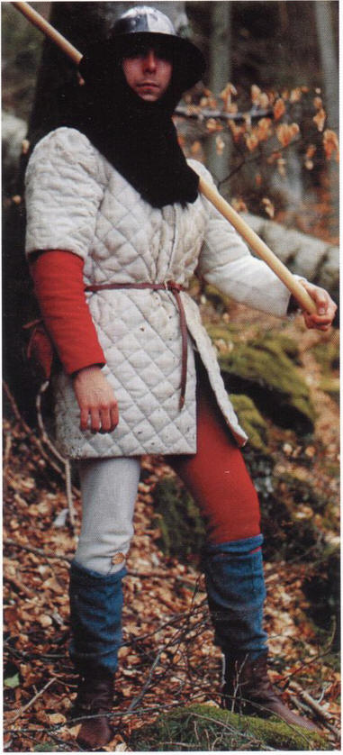 4b3061fdb5ce Европейский средневековый военный костюм, часть первая » SwordMaster