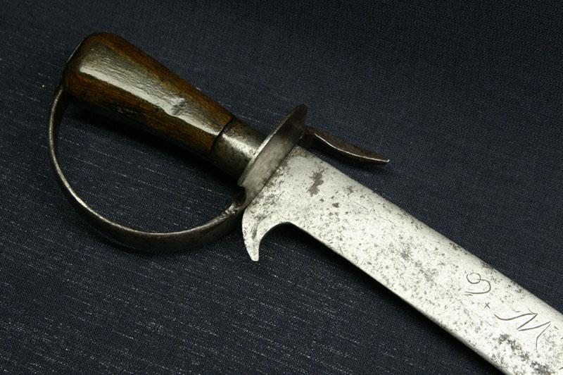 малхус меч фото