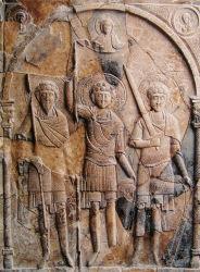Христос коронует святых воинов Федора, Георгия и Дмитрия мученическим венцом, XII век, Национальный заповедник «Херсонес Таврический».