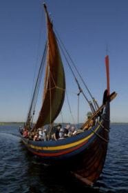 Реконструкция драккара викингов