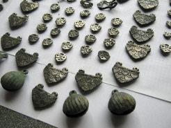Втульчатое оголовье коня, фаллары, бубенцы, поясной набор воина 8-9 в. н. э. Хазарский каганат.