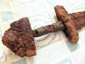 Черен с оплеткой рукояти меча 9-10 века