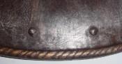Кромка стального щита