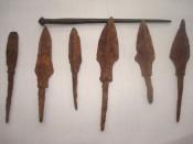 Заколка и наконечники стрел