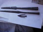 Наконечник стрелы и наконечники копий