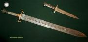 Средневековый короткий меч и кнжал