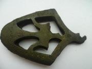 наконечник ножен меча c тризубом