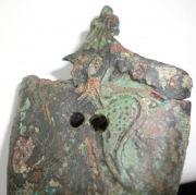 Окончание ножен меча с изображением сокола