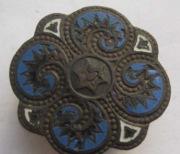 Бронзовая накладка с бело-голубой эмалью