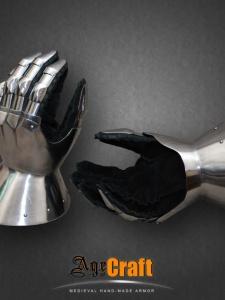 латная перчатка age of craft