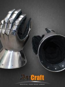 латная перчатка AGEofCRAFT