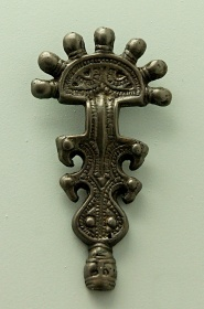 Пальчатая фибула антского типа из Велестинского клада, VI-VII век
