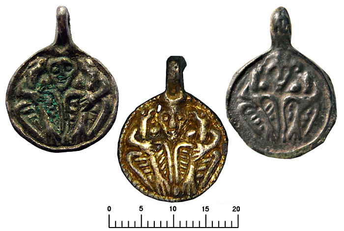 Подвески монетовидные «Один и вороны». Литье X-XI вв